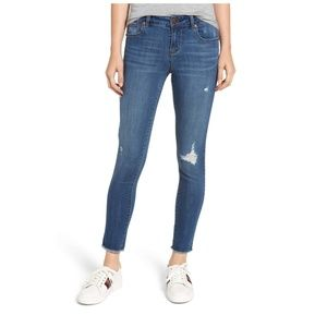 1822 Denim distressed skinny jeans